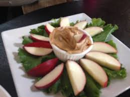 gluten free snacks apple and peanut butter